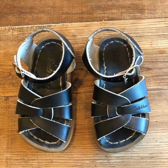 Other - Black toddler size 5 saltwater sandals